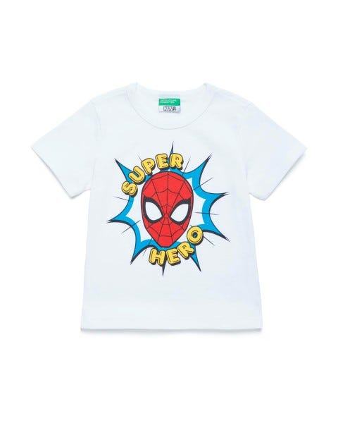 Playera de Marvel con estampado